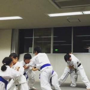 京都 伏見 優水会空手道 久我の杜支部 久我の杜生涯学習プラザ 相撲の練習